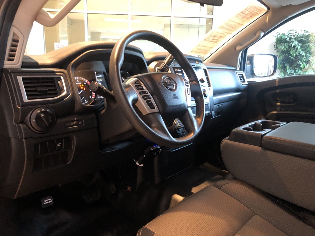 Pre-Owned 2017 Nissan Titan XD SV